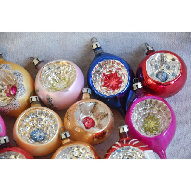 Cardboard Midcentury Fancy & Colorful Christmas Ornaments W/Box - Set of 12 For Sale - Image 7 of 9