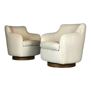 Designer Swivel and Tilt Lounge Chairs by Milo Baughman for Thayer Coggin For Sale