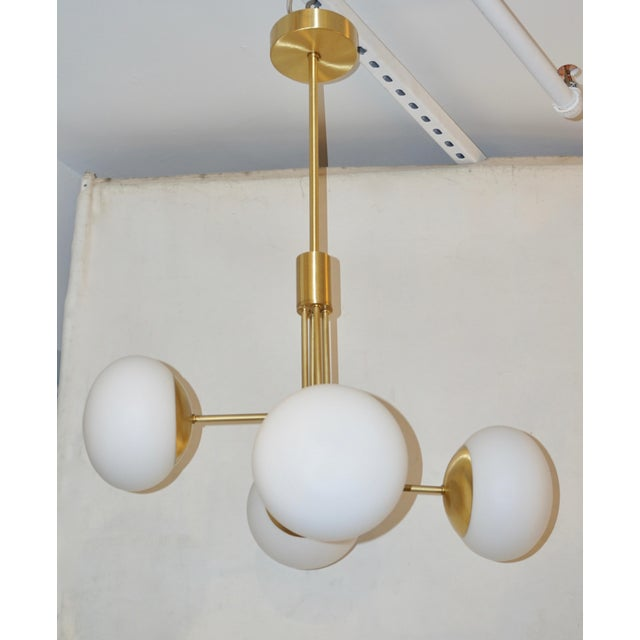 Contemporary Italian Modern Satin Brass & 4 White Murano Glass Globe Chandelier For Sale - Image 4 of 13
