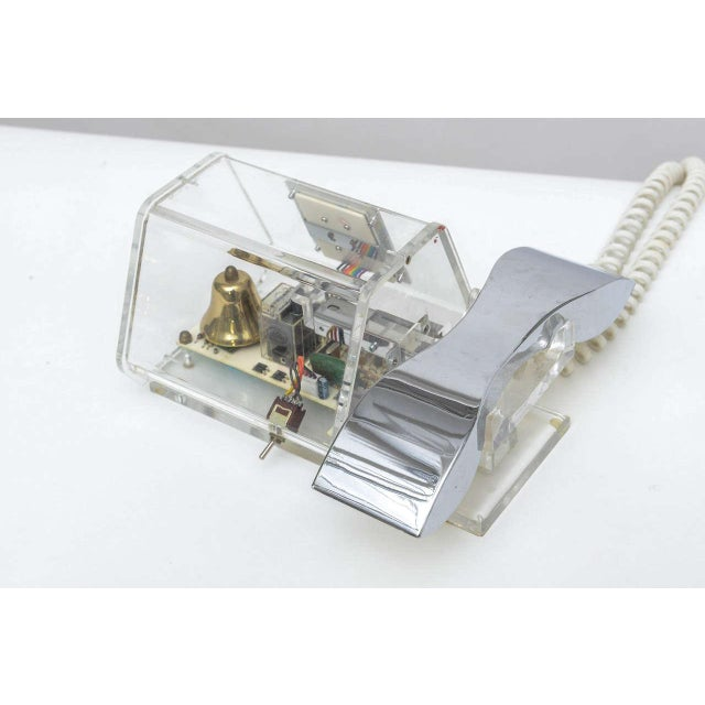 Mid-Century TeleConcepts Chrome & Lucite Phone For Sale In Miami - Image 6 of 10