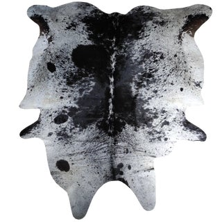 Modern Salt and Pepper Leather Cowhide With Black and White Spots From Brazil For Sale