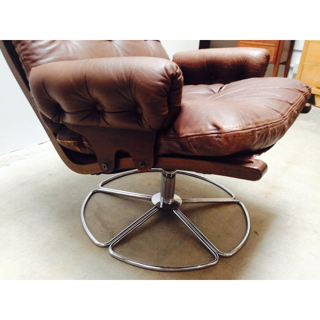 Brown Bruno Mathsson for Dux Swivel Base Lounge Chair For Sale - Image 8 of 10