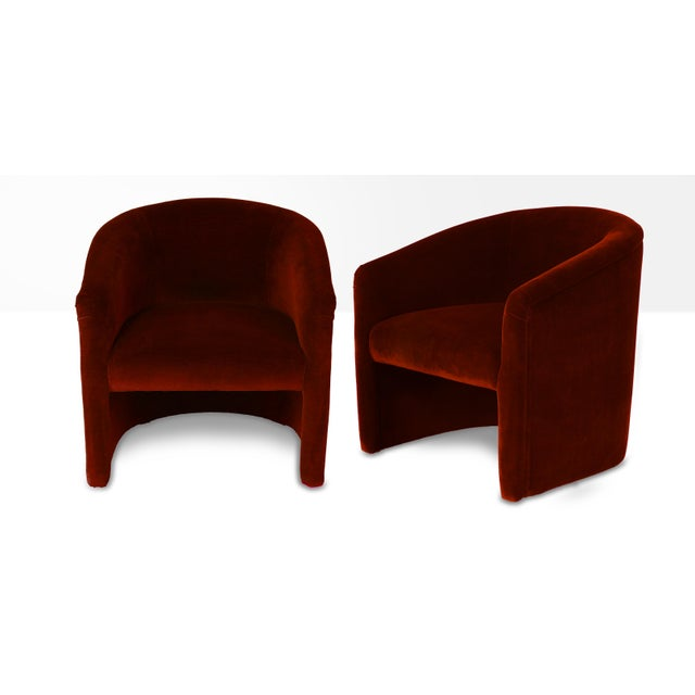 Americana Vintage Red Velvet Upholstered Barrel Tub Chairs - a Pair For Sale - Image 3 of 3