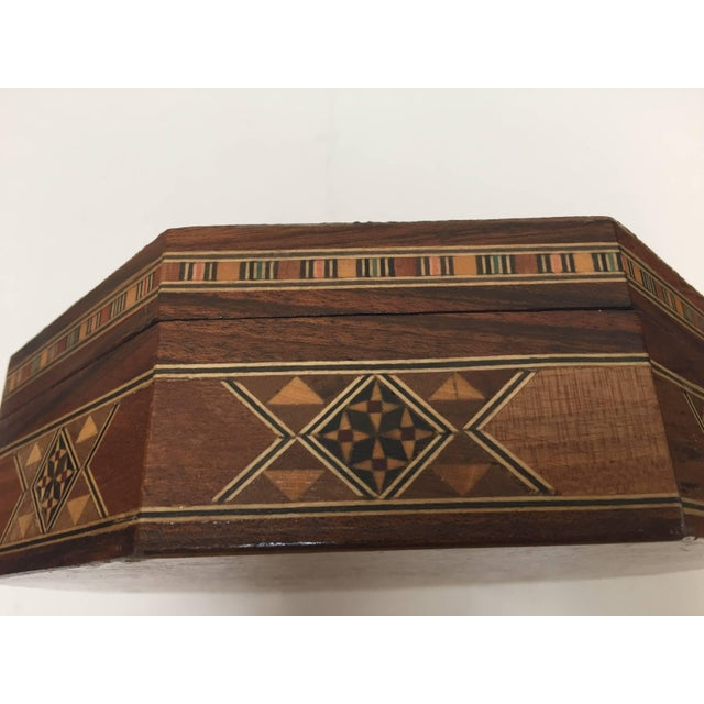 Brown Middle Eastern Syrian Inlaid Marquetry Mosaic Octagonal Jewelry Box For Sale - Image 8 of 10