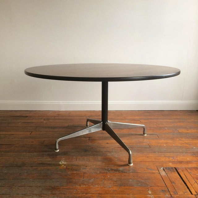Mid-Century Modern Eames for Herman Miller Aluminum Group Table For Sale - Image 3 of 6