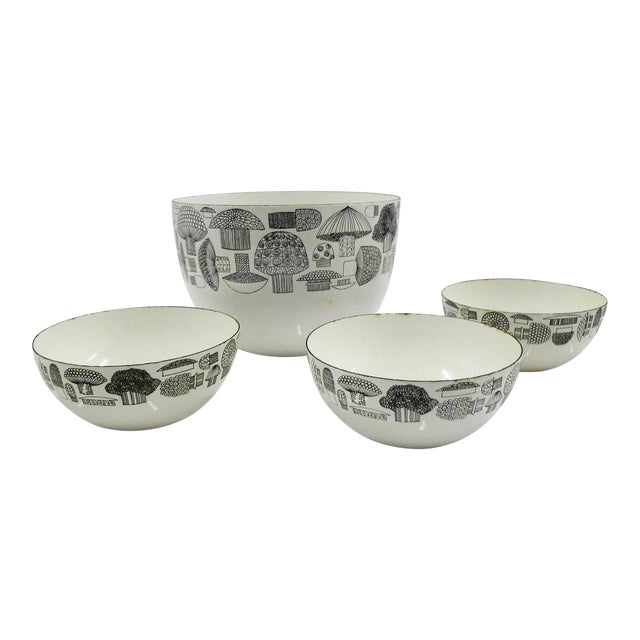 FinelMushrooms by Kaj Franck Set of Enamel Bowls, Arabia Finland 1960s For Sale