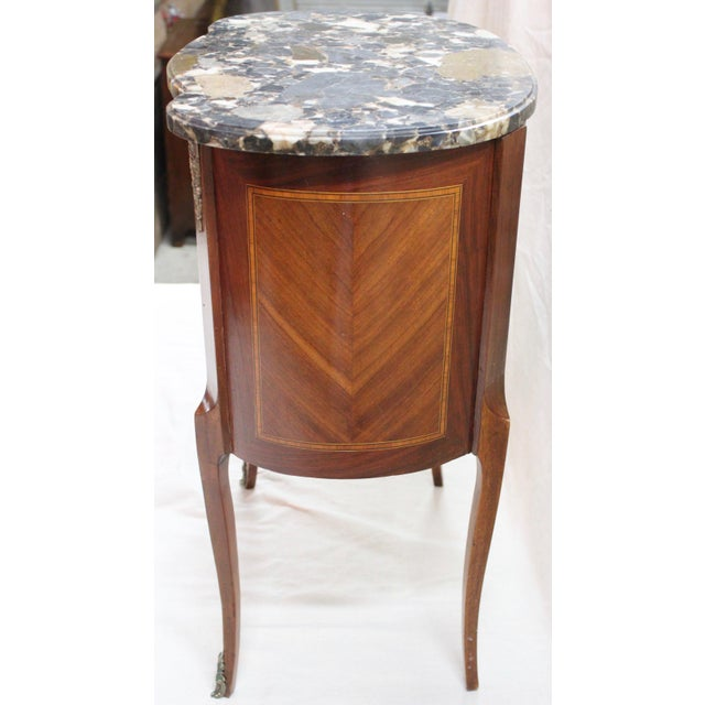 1920s 1920s Louis XVI Style Mahogany Marquetry Commode For Sale - Image 5 of 10