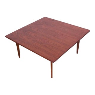 Mid-Century American Modern Square Coffee Table in Walnut For Sale