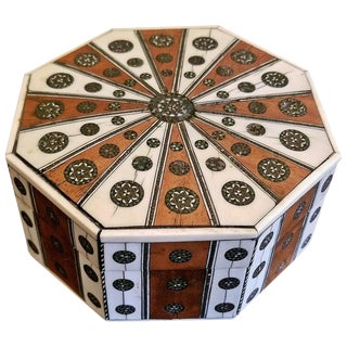 19th Century Anglo Indian Vizagapatam Octagonal Sunburst Box For Sale