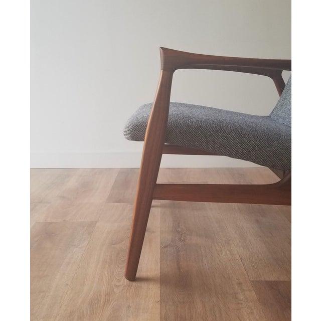 1950s Arne Hovmand-Olsen Lounge Chair (Model 240) for Mogens Kold Møbelfabrik - Newly Upholstered For Sale - Image 9 of 13