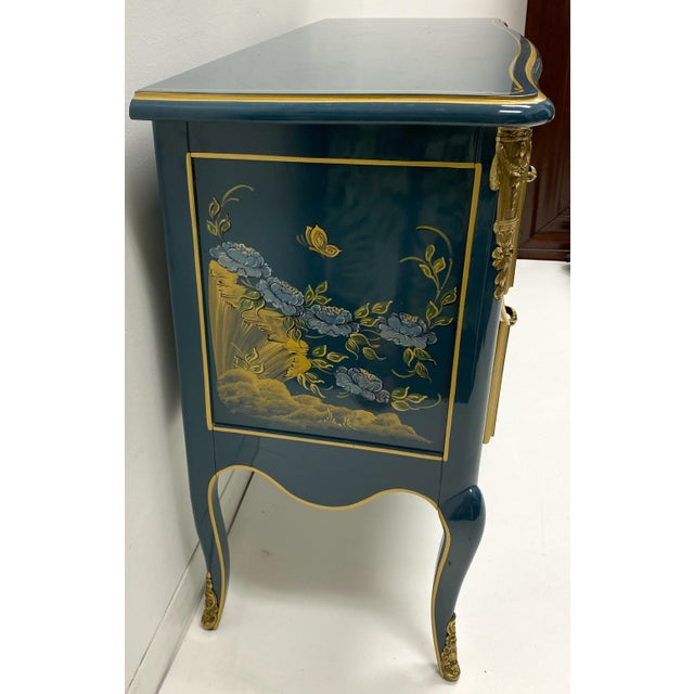 Cerulean Blue Lacquer & Gilt Bronze Chinoiserie Chest Att. Century For Sale - Image 4 of 8