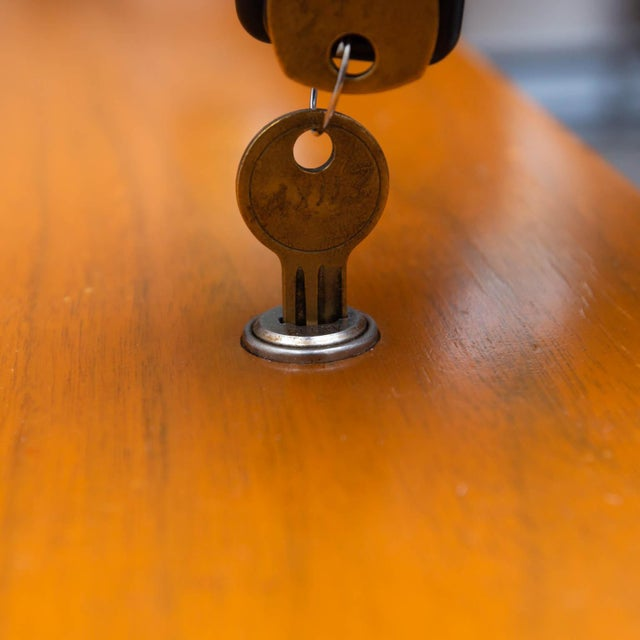 1960s Florence Knoll Walnut Credenza For Sale - Image 5 of 8