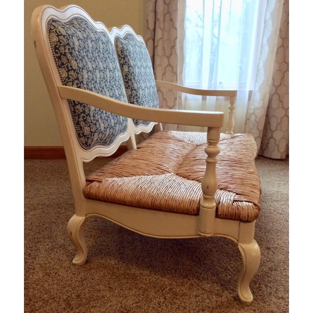 Antique Styled White Country French Provential Rush Seat Settee For Sale - Image 12 of 13