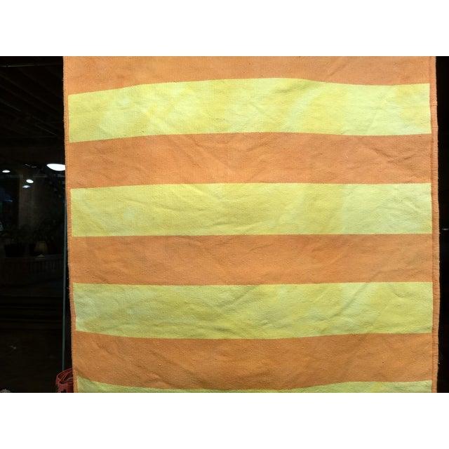 """Vintage Turkish Modern Stripe Kilim Rug - 2' 8"""" X 5' 1"""" For Sale - Image 4 of 5"""