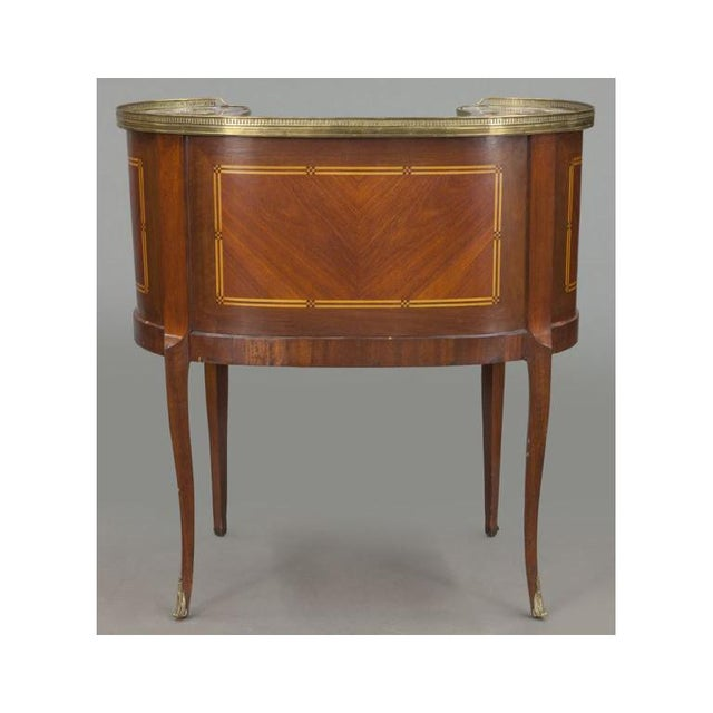 Early 20th Century French Louis XV Mahogany Kidney Shaped Ladies Desk For Sale - Image 5 of 11