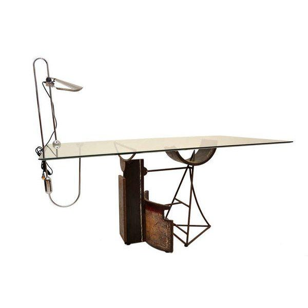 For your consideration a vintage counterbalance desk lamp. Lamp acquired in Italy. Attributed in style to Gae Aulenti. No...