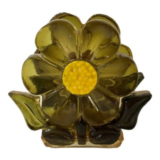 Mid Century Modern Green and Yellow Lucite Flower Napkin Holder For Sale