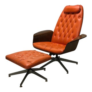 """1960s Vintage Plycraft """"Mr. Chair"""" Bentwood Lounge and Ottoman by George Mulhauser For Sale"""