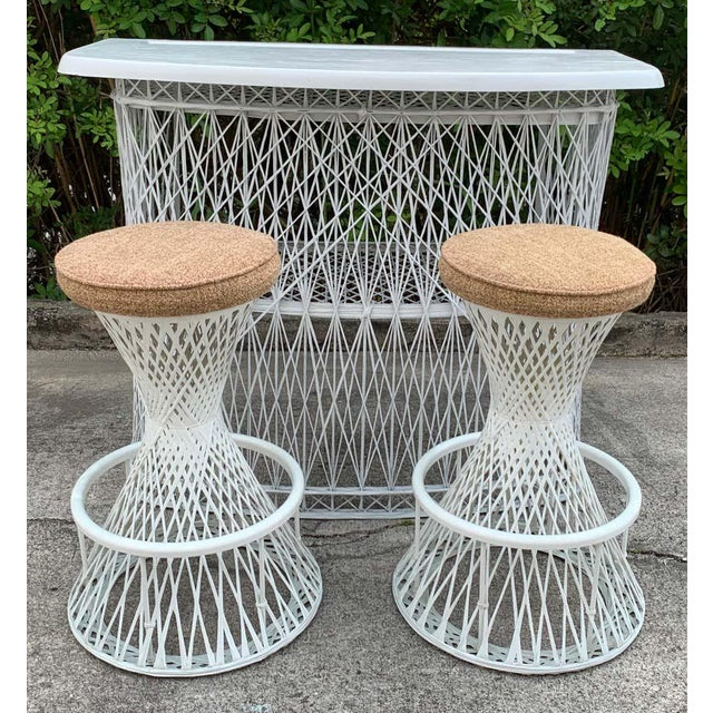Mid-Century Modern Russell Woodard Woven Fiberglass Bar and Two Stools For Sale - Image 3 of 12