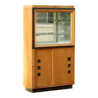 Modernist Display Cabinet in the Style of Paul Laszlo For Sale