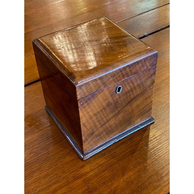 """Beautiful Antique Mahogany Tea Caddy, Circa 1820 5.5"""" Square x 6"""" High"""