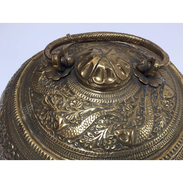 Anglo-Indian Decorative Large Round Anglo-Indian Brass Box Tea Caddy For Sale - Image 3 of 10