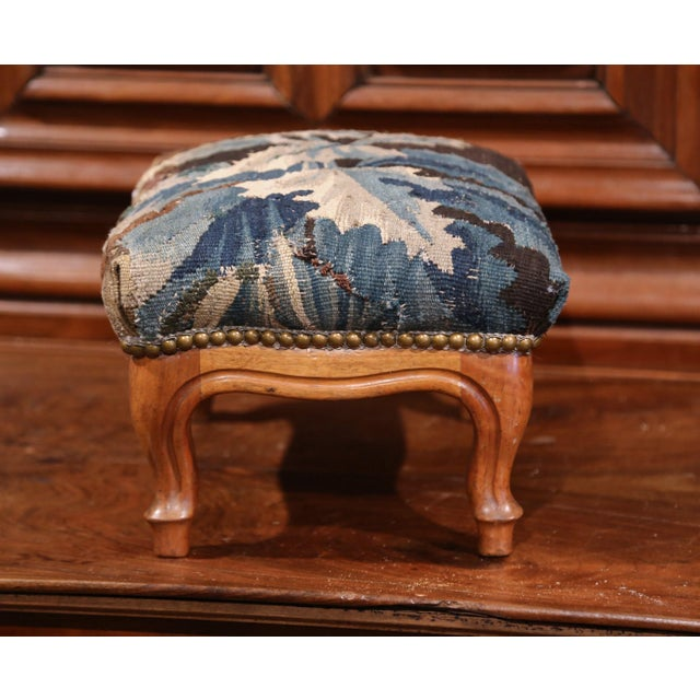 19th Century French Carved Walnut Footstool with 18th Century Aubusson Tapestry For Sale In Dallas - Image 6 of 9