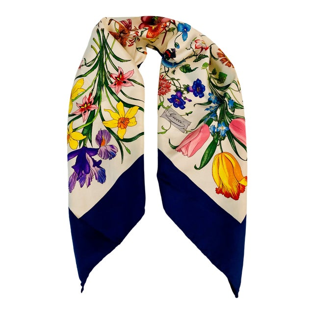 """1970s Gucci """"Flora"""" Scarf With Blue Border For Sale"""