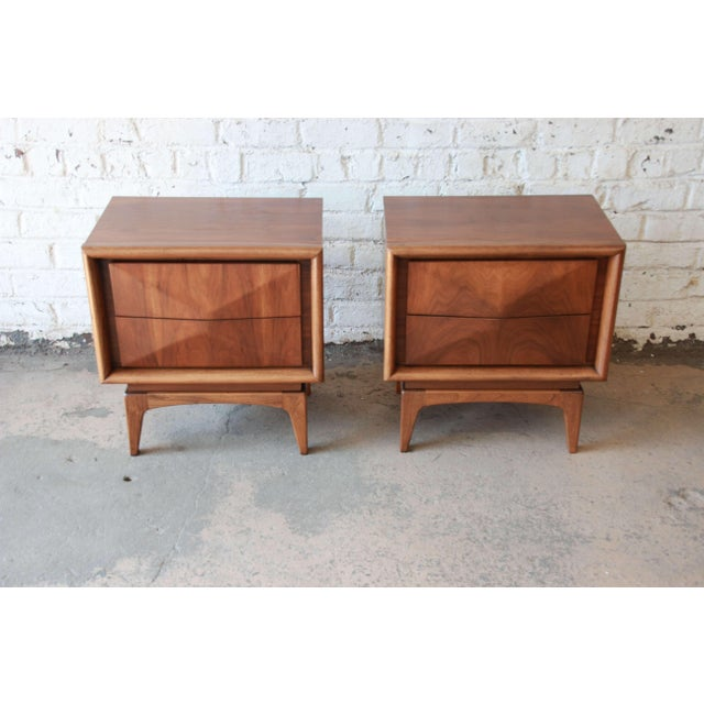 Contemporary Mid-Century Modern Diamond Front Nightstands by United - A Pair For Sale - Image 3 of 10
