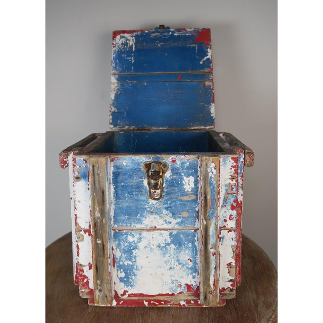 Painted Wood Work Box W/ Metal Clasp and Handles For Sale In Los Angeles - Image 6 of 13