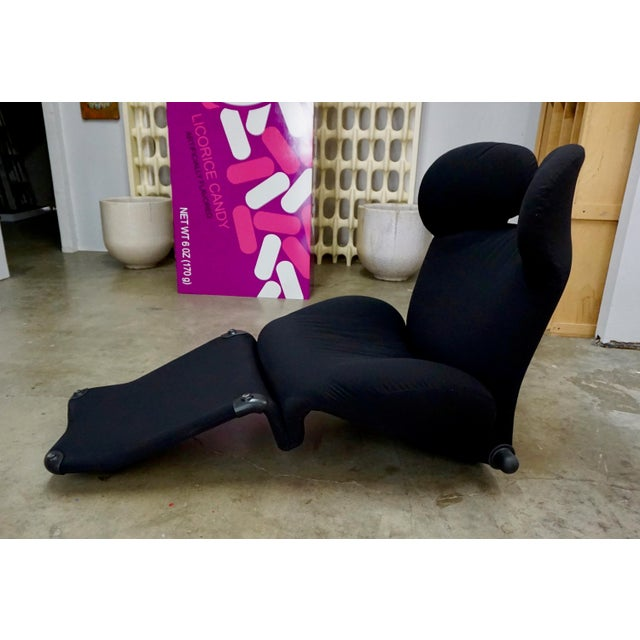 "Black Toshiyuki Kita ""Wink"" Convertible Lounge Chair 1980's For Sale - Image 8 of 9"
