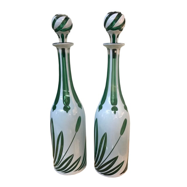 """Mid 20th Century Mid 20th Century English """"Cased"""" Glass Bottles With Stoppers - a Pair For Sale - Image 5 of 5"""