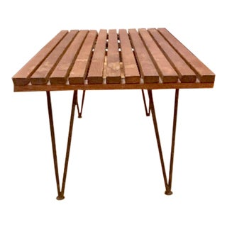 Mid Century Modern Pipsan Saarinen Slat Coffee Side Table on Hair Pin Legs For Sale