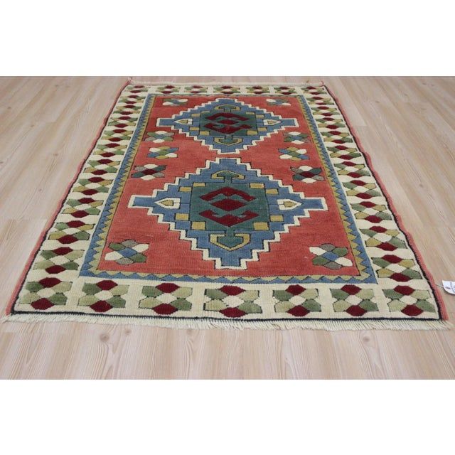 Sophisticated craftsmanship and pure beauty are the hallmarks of this very special rug. Luxurious and plush, this rug was...