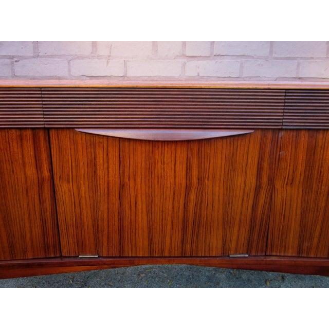 Vintage Danish Modern Rosewood Credenza For Sale In Chicago - Image 6 of 13