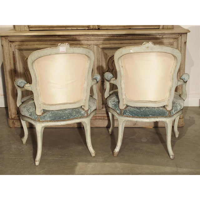 Pair of Period French Louis XV Blue and Cream Lacquered Cabriolet Armchairs For Sale - Image 4 of 13