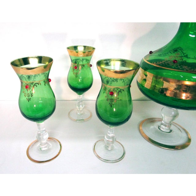 Vintage Italian Gilt Emerald Glass & Red Jewels Decanter Set - 7 Pc. Set For Sale In Louisville - Image 6 of 10