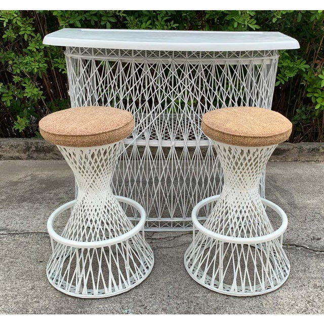 Mid 20th Century Russell Woodard Woven Fiberglass Bar and Two Stools For Sale - Image 5 of 12