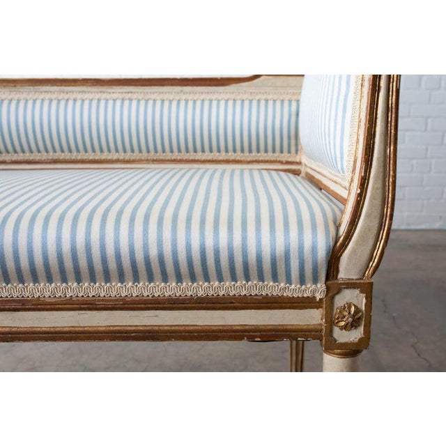 French Louis XVI Style Painted Window Bench Banquette For Sale - Image 9 of 13