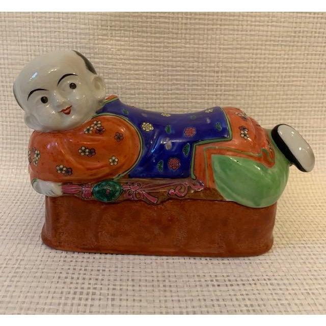 Vintage Asian Porcelain Headrest Trinket Box For Sale In New York - Image 6 of 6