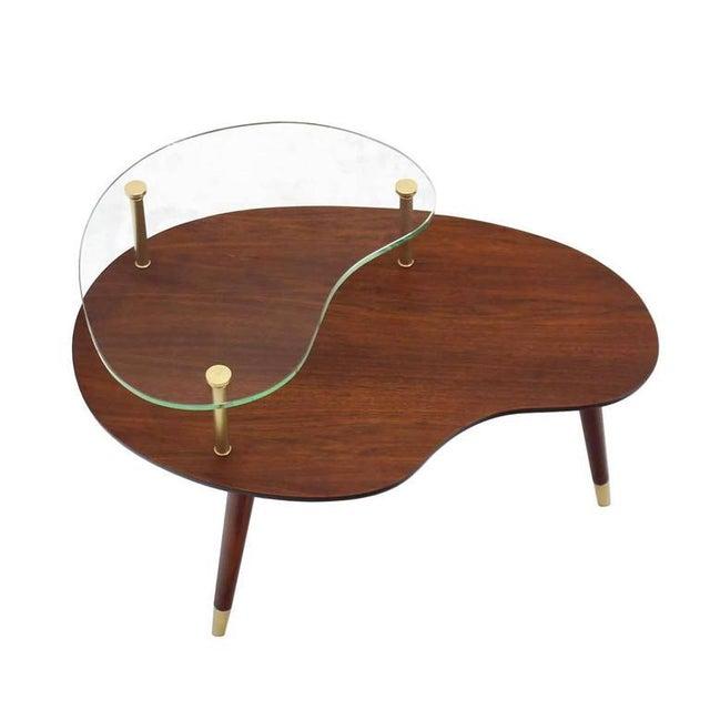 Very nice organic kidney shape Mid-Century Modern side table.