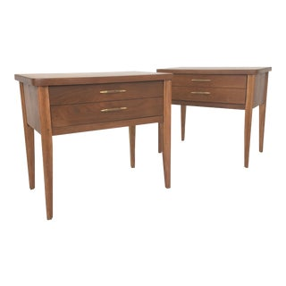 Mid Century Broyhill Saga Nightstands-A Pair For Sale
