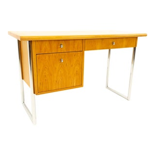 Mid Century Modern Jack Cartwright for Founders Blonde Birch Writing Desk For Sale