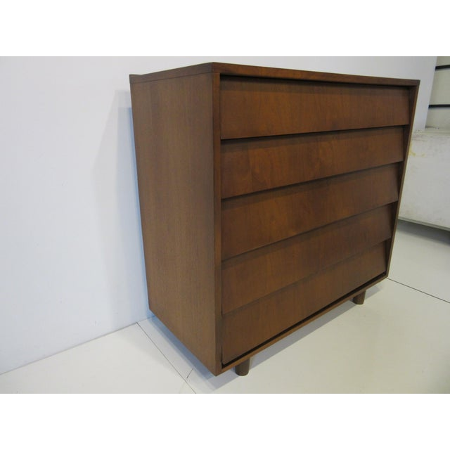 Knoll Mid Century Walnut Slanted Front 5 Drawer Dresser For Sale - Image 4 of 9