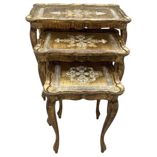 20th Nest of 3 Giltwood and Carved Side Tables With Cabriole Shaped Legs For Sale