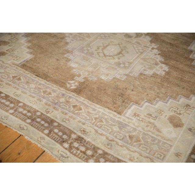 "1980s Vintage Distressed Oushak Carpet - 5'7"" X 8'3"" For Sale - Image 5 of 11"