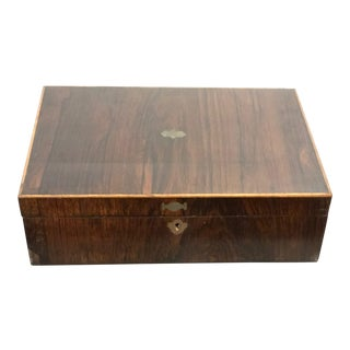 1900s Traditional Rosewood Decorative Box For Sale