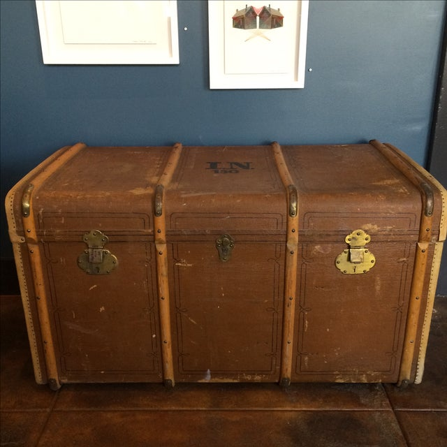Elegant steamer trunk by Albert Rosenhain Berlin. Made of wood, leather, fabric, parchment and brass with two removable...