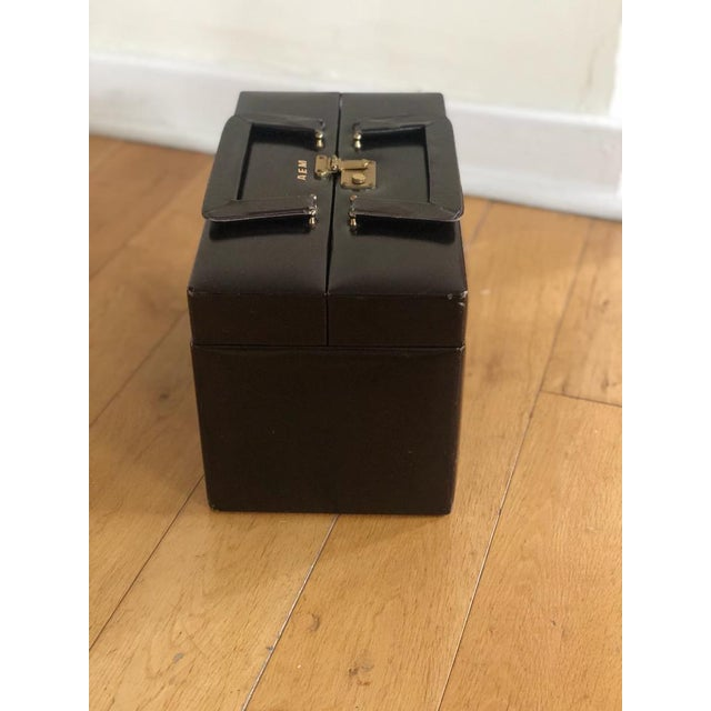 Mid-Century Modern Mid 20th Century Vintage Travelling Leather Vanity Case, 1960-1970 by Asprey For Sale - Image 3 of 12