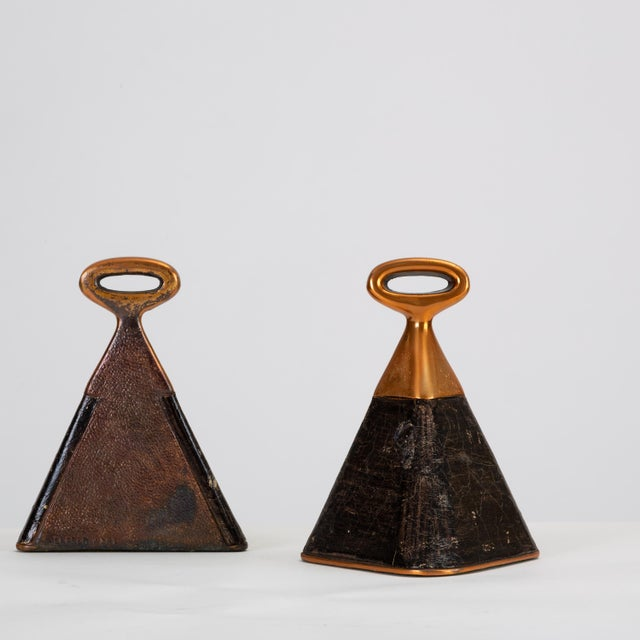 1950s Pair of Copper and Leather Bookends by Ben Seibel for Raymor For Sale - Image 5 of 10